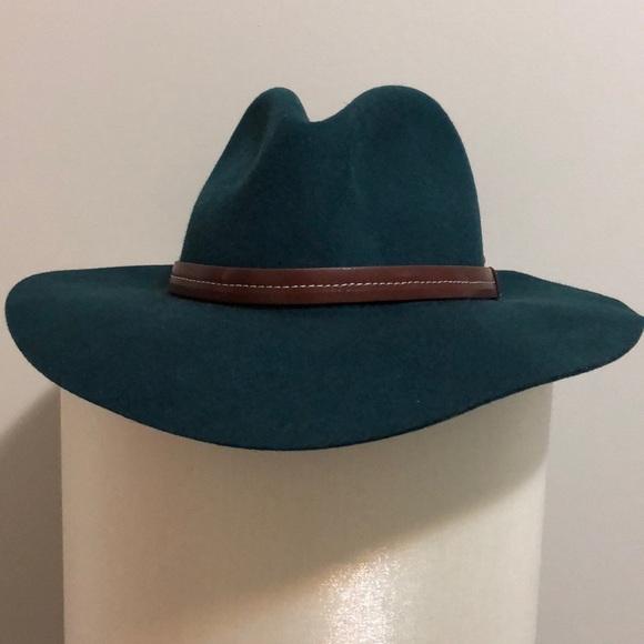 Anthropologie Accessories - Forest green felt fedora hat 2603797ae5b